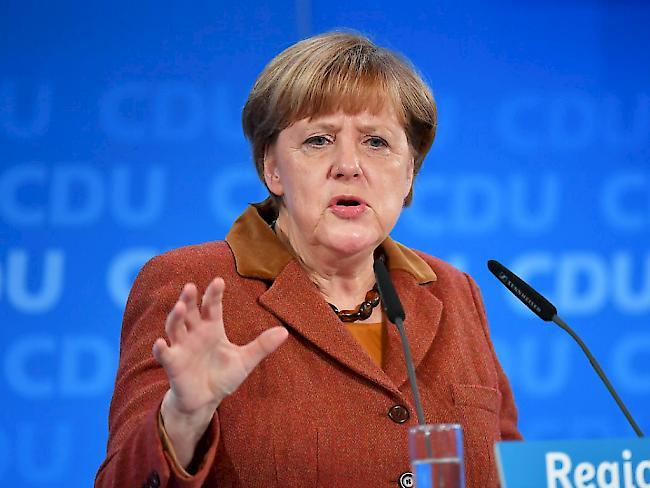 Deutsche CDU/CSU steigen in Umfrage auf höchsten Wert seit Januar