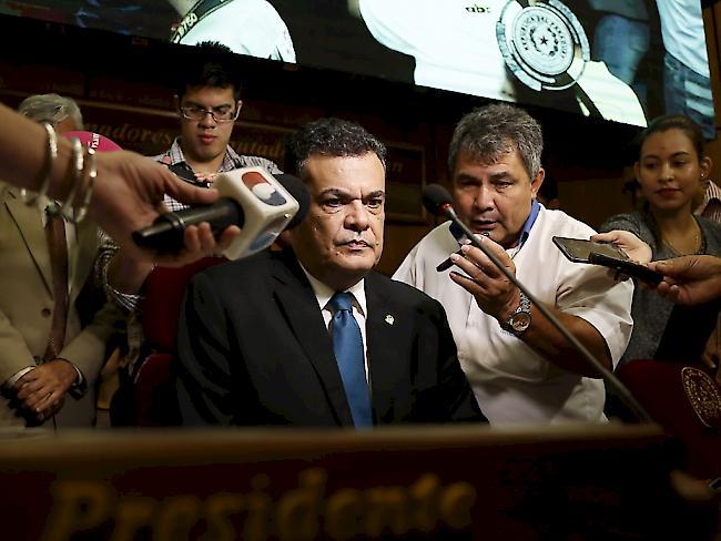 Berichte: Ein Toter nach Krawallen in Paraguay