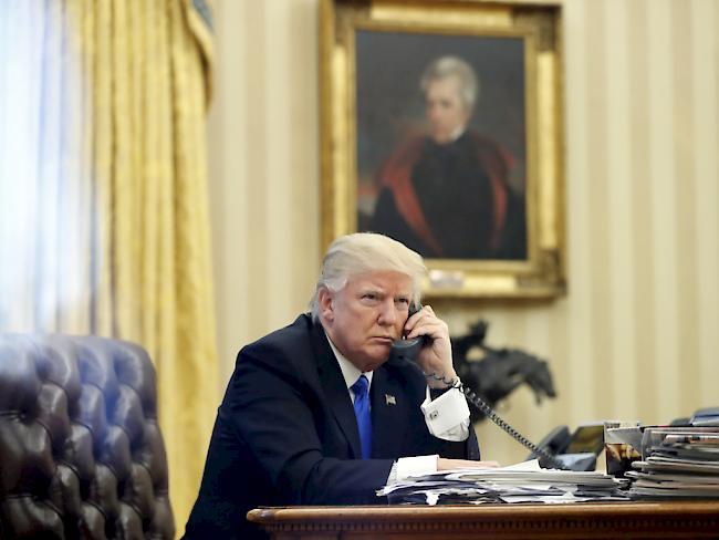 Telefonat : May und Merkel einig mit Trump zu Verantwortung Assads
