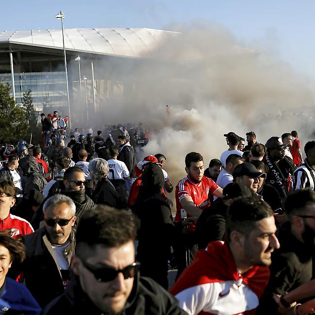Zwölf Festnahmen nach Krawallen bei Lyon gegen Besiktas
