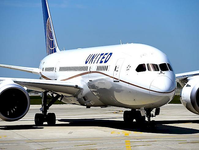 Passagier aus Flugzeug gezerrt: Klage gegen United Airlines