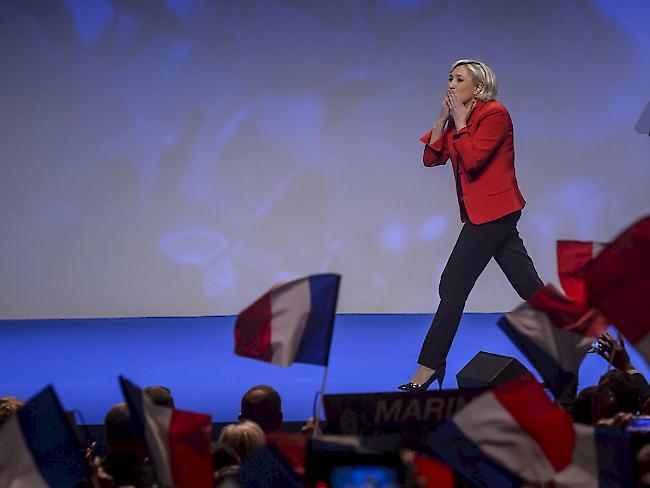 Macron wirbt für ein