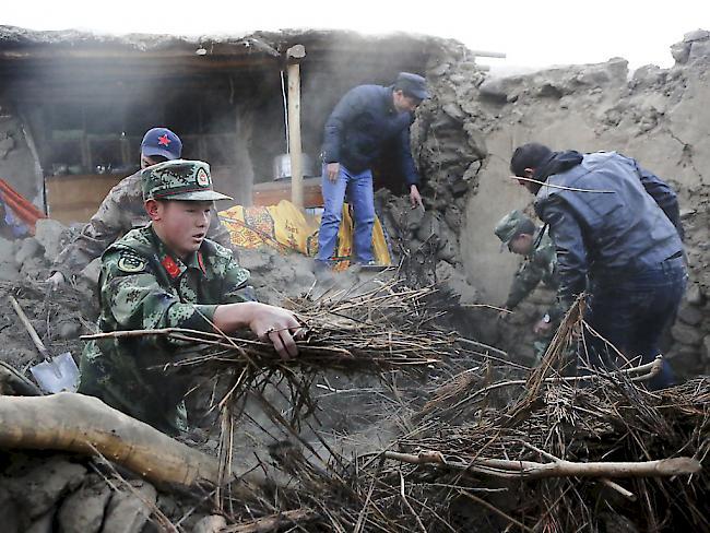 Neun Tote durch Erdbeben in Nordwestchina - Viele Häuser eingestürzt