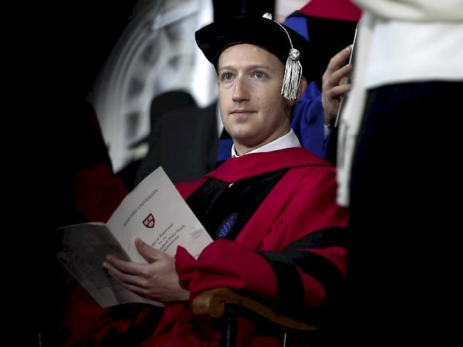 Harvard-Universität - Facebook-Gründer erhält Ehrendoktorwürde