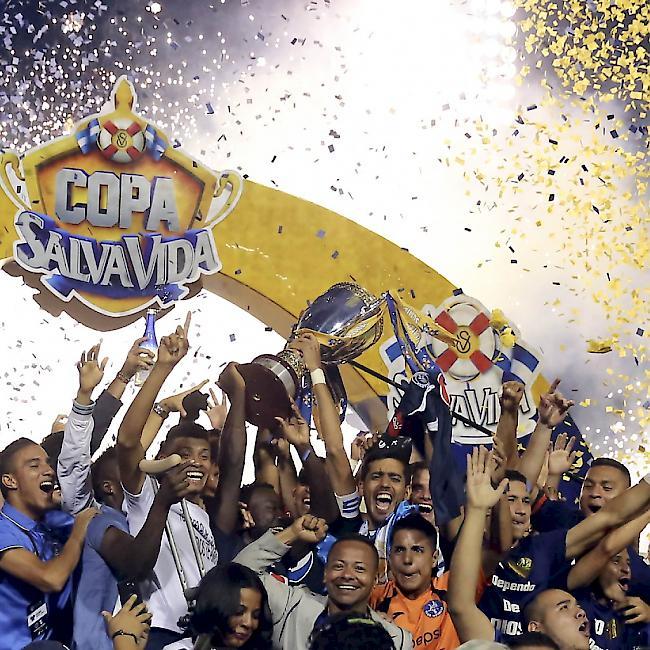 Tragisches Unglück - Massenpanik vor Stadion in Honduras: Mehrere Tote
