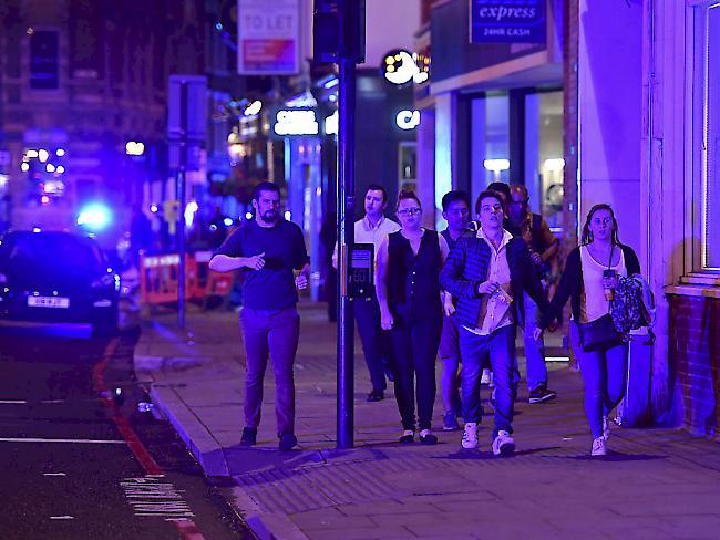 Terrorismus Großbritannien: Zwölf Festnahmen und Durchsuchungen nach Terroranschlag