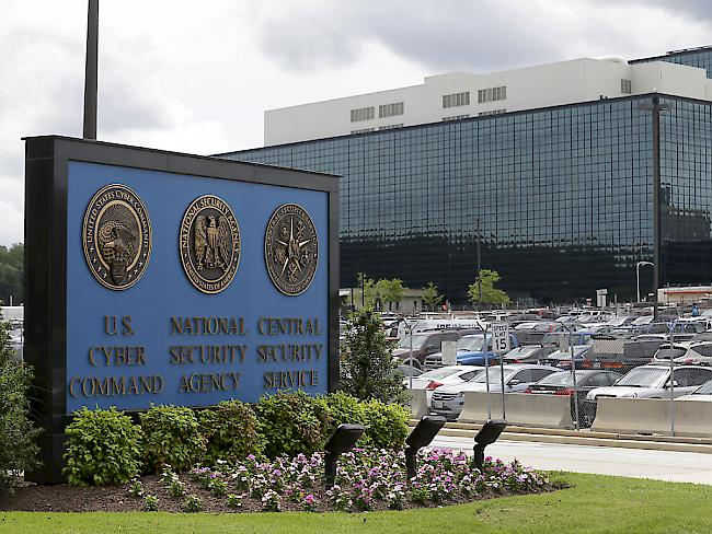 Russische Hackerangriffe auf US-Wahl NSA-Whistleblowerin festgenommen