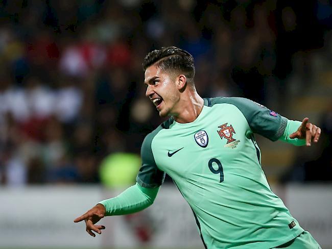 Milan holt Supertalent Andre Silva