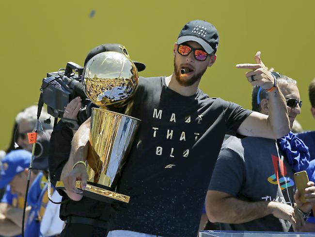 Jubel-Parade der Warriors nach NBA-Titel in Oakland
