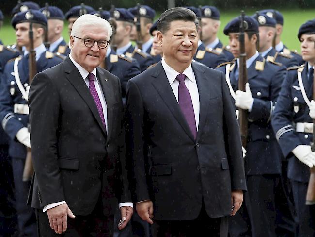 Xi und Merkel für Vertiefung der Beziehungen
