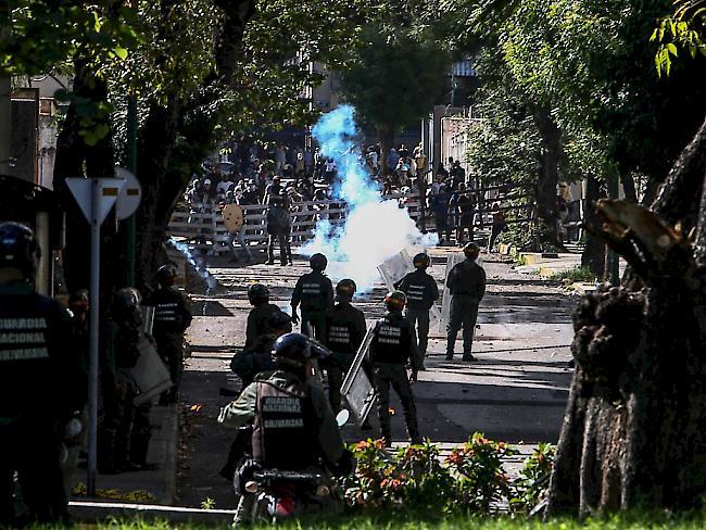 Verletzte nach Angriff auf Venezuelas Parlament
