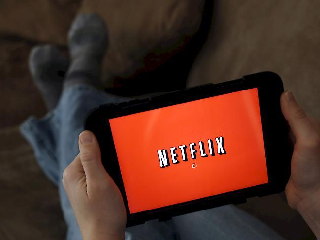 ROUNDUP/Mehr Kunden, gute Zahlen: Streaming-Dienst Netflix über Erwartungen
