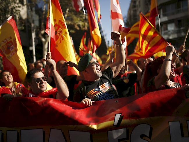 350.000 demonstrieren gegen Kataloniens Unabhängigkeit