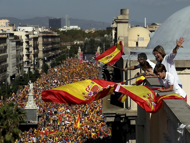 Großkundgebungen in Spanien zur Katalonien-Frage