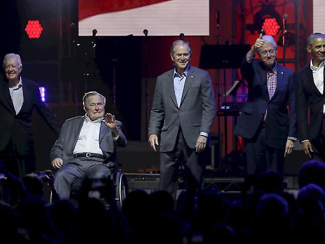 Konzert mit Ex-Präsidenten für Sturm-Opfer