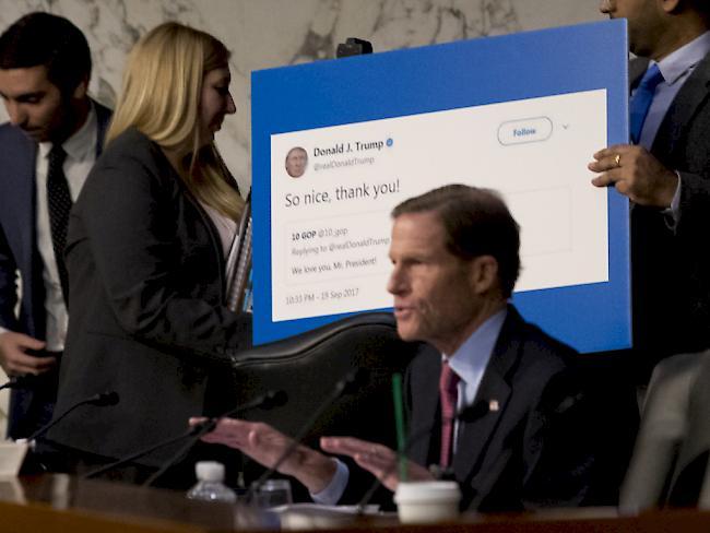 US-Senat knöpft sich wegen Russland-Affäre Facebook, Google und Twitter vor