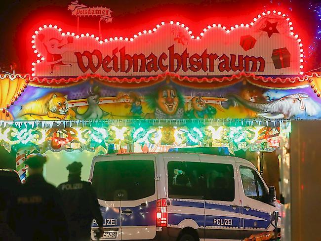 Bombenalarm auf Weihnachtsmarkt: Millionen-Erpressung gegen DHL