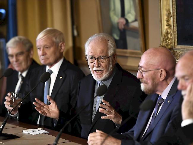 Nobelpreise für Wissenschaften und Literatur überreicht